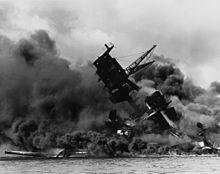 220px-the_uss_arizona_28bb-3929_burning_after_the_japanese_attack_on_pearl_harbor_-_nara_195617_-_edit
